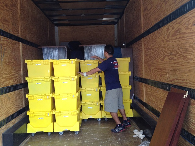 How to hire movers Toronto