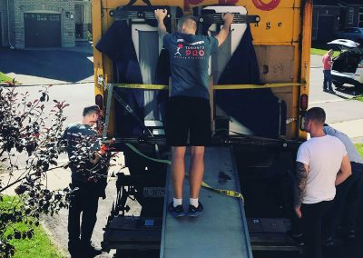 Moving Company Toronto Closing Truck