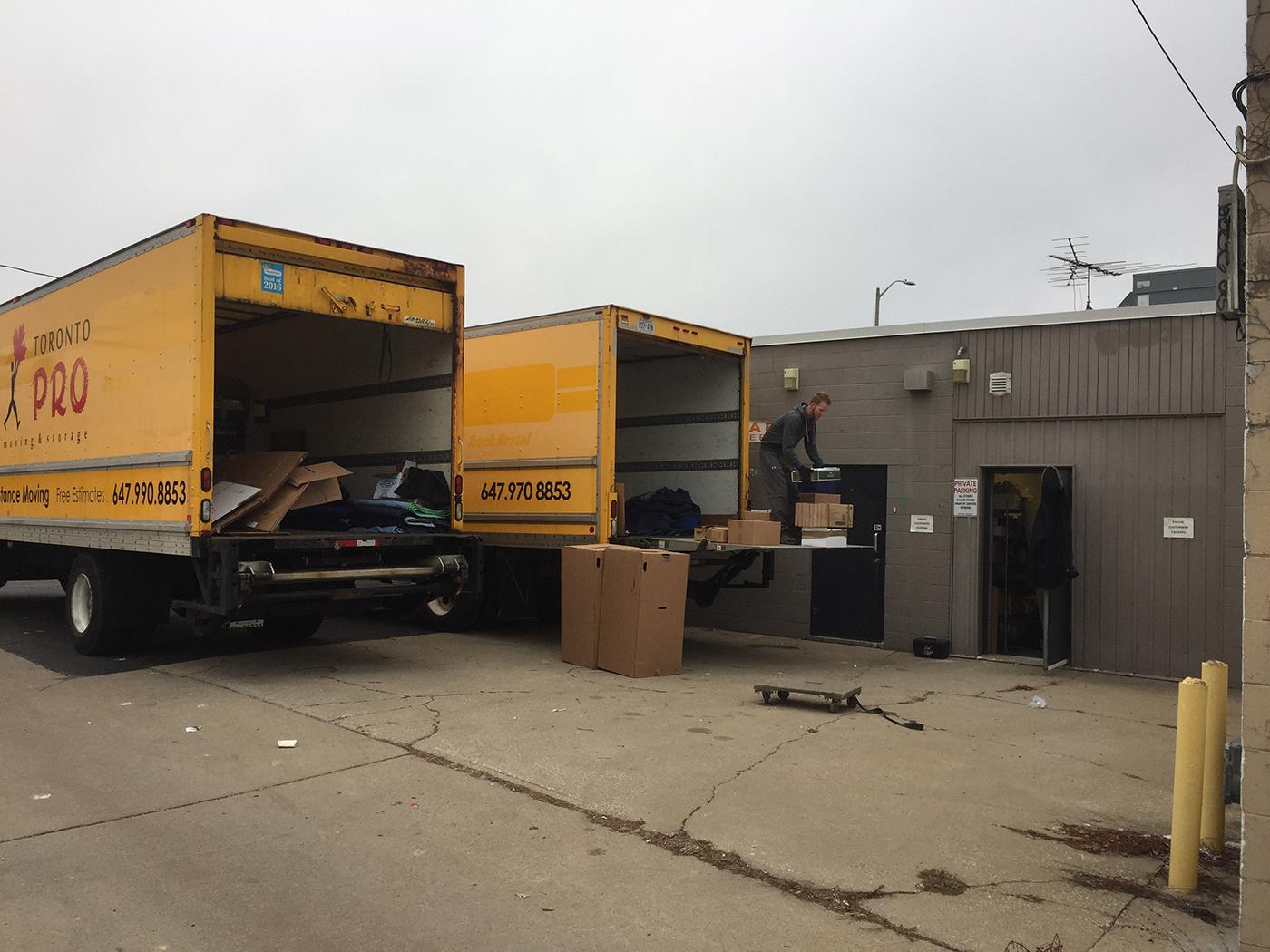 Moving Company Toronto Loading