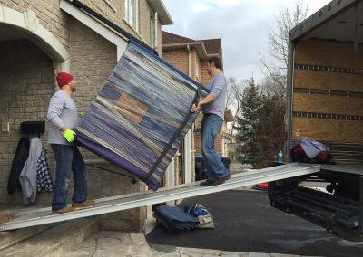 Moving Company Toronto Long Way to truck