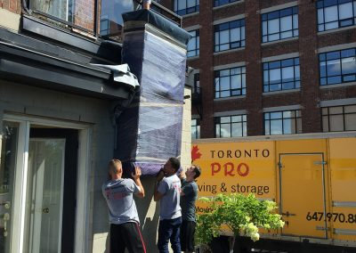 Moving Company Toronto Movers In Action
